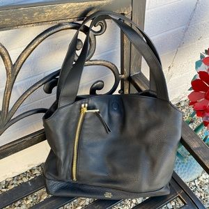 NWOT. Authentic! Vince Camuto Black Leather Tote!